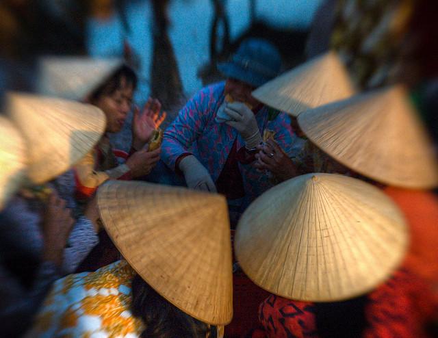 Sombrero Cónico en Vietnam, mujeres vietnamitas