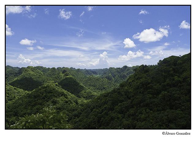Vistas desde lo alto de la isla de CatBa, Halong, Vietnam