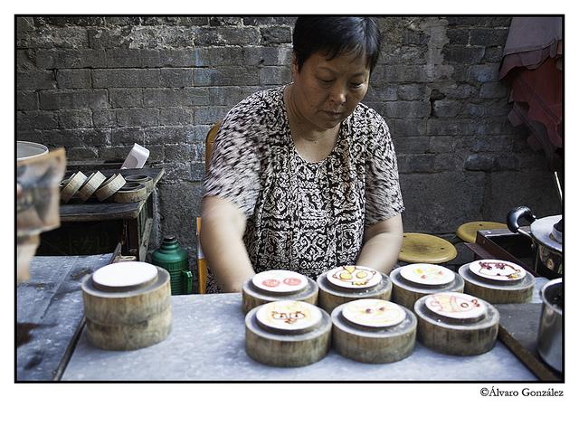 Mujer en mercado de Xian, China