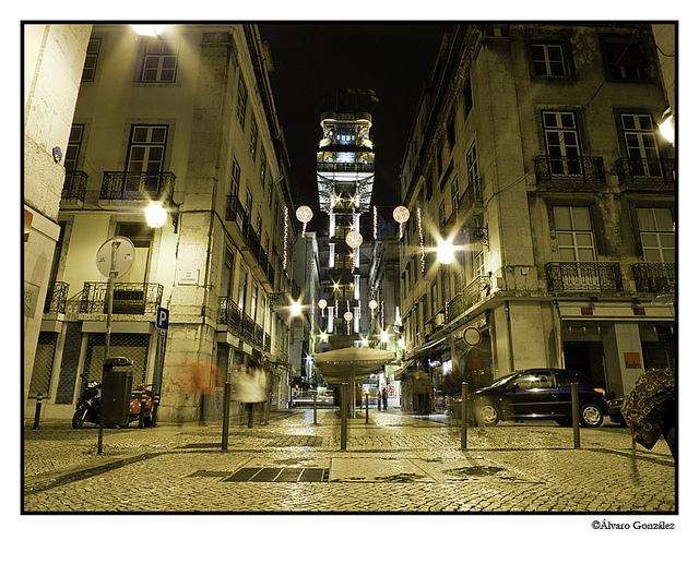 Elevador de Santa Justa, Lisboa, Portugal, noche