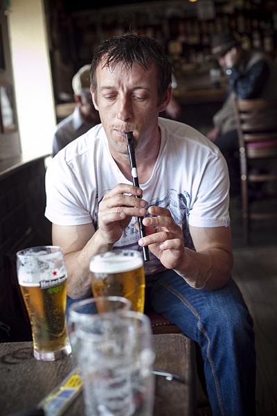 Pub Irlandés, tocando la flauta en un pub irlandés