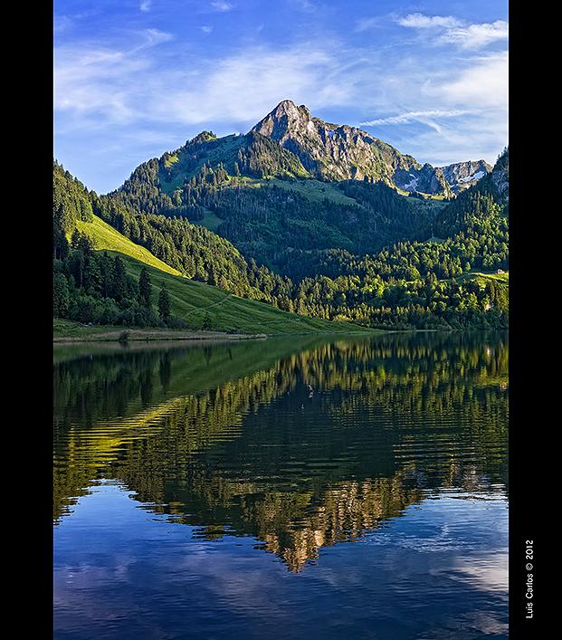 El Lago Negro Schuwarzsee, Suiza
