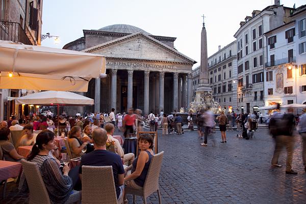 Plaza del Panteón en Roma, Italia
