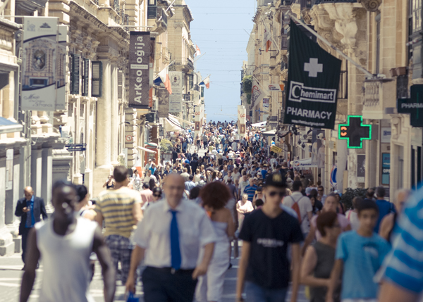 Republic Street. Calle Comercial de Valletta, Malta