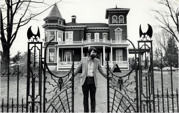 Stephen King en su casa de Bangor, Maine