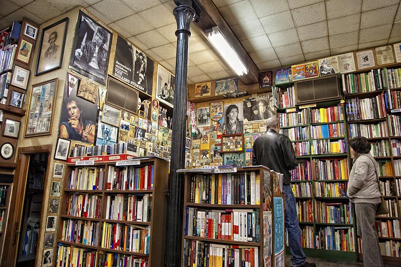 Librería Paradisso, Gijón, que visitar en Gijón si llueve