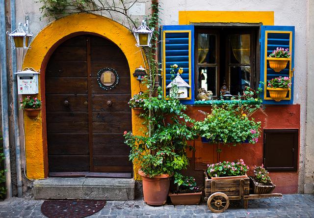 Portal en Castel Gandolfo, Típico, Italia