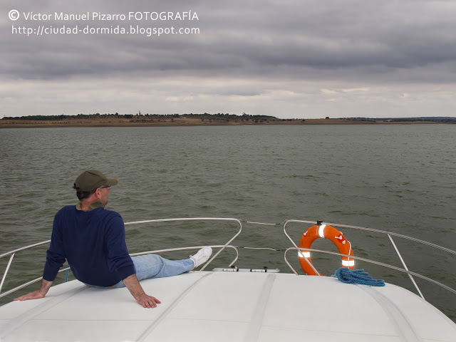 Navegando por el Lago de Alqueva, Portugal, Ameira Marina
