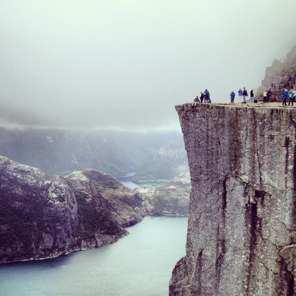 El Preikestolen sobre el Lysefjord, Noruega