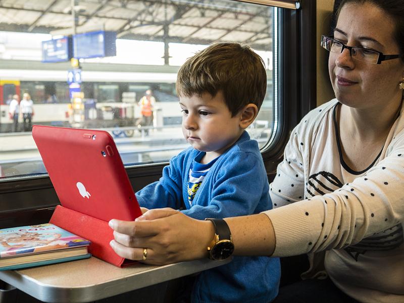 viajando en tren por suiza