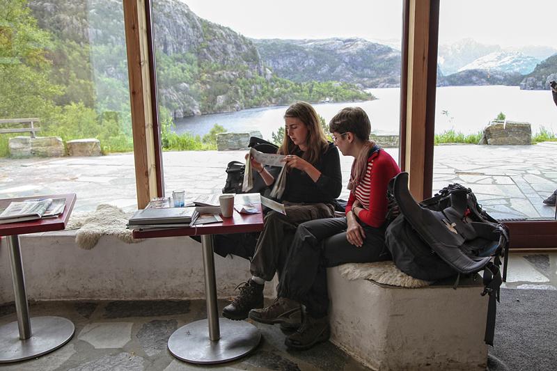 Preikestolen, Noruega, Fiordos, Centro de Interpretación