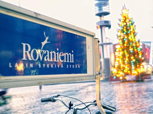 Rovaniemi y árbol de navidad