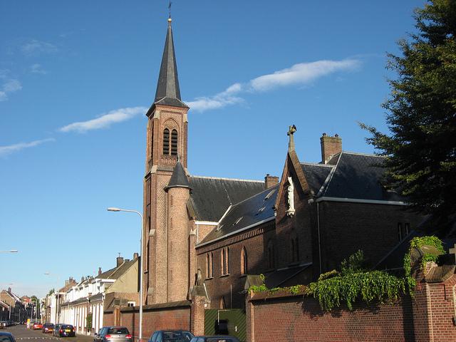 iglesia de Tilburg, holanda, mayhem
