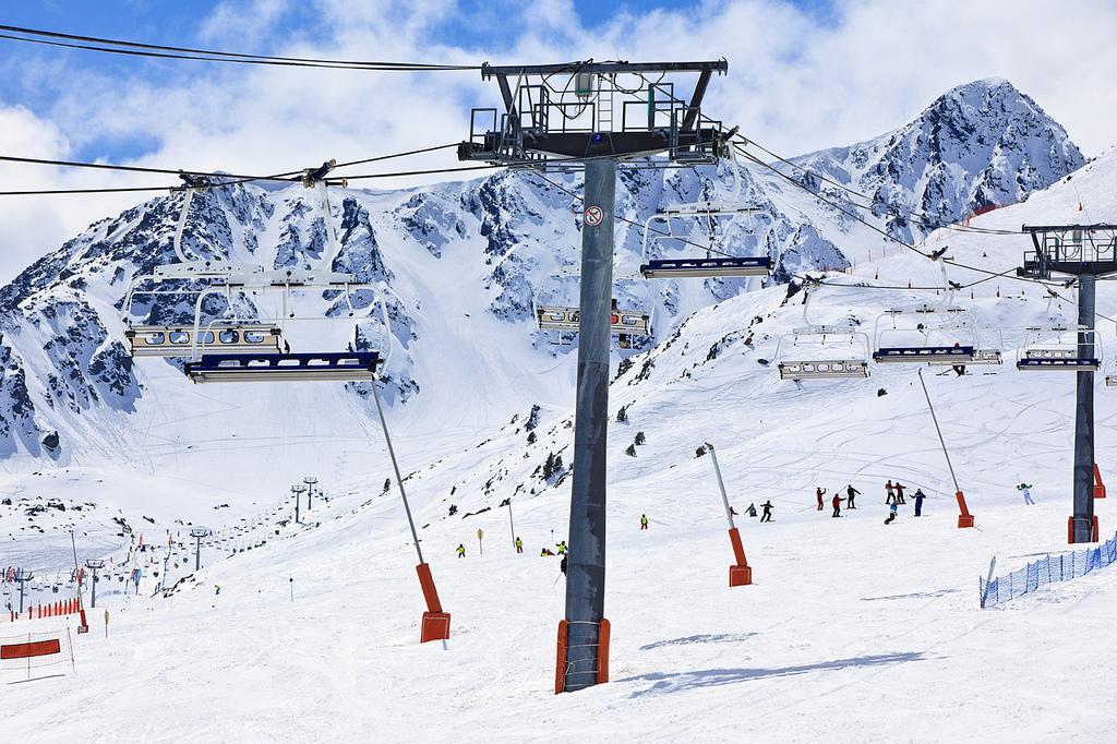 Perchas en GrandValira, Andorra