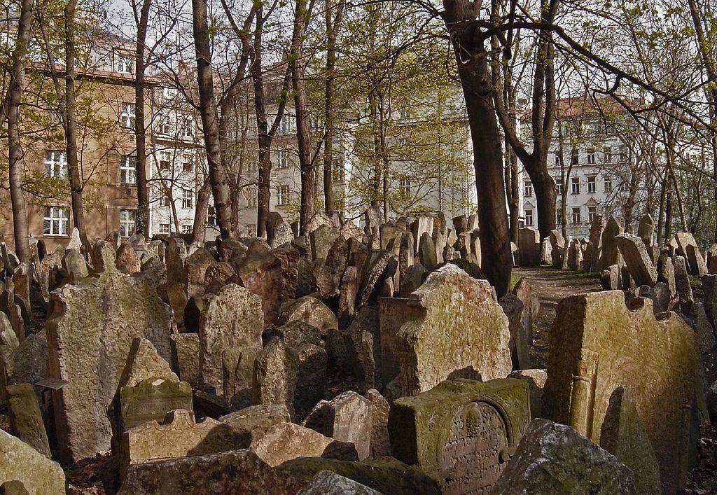 antiguo cementerio judío de Praga