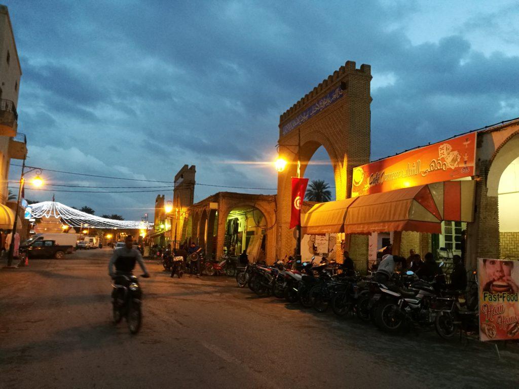 Tozeur oasis en Túnez,, Ouled el Hadef,