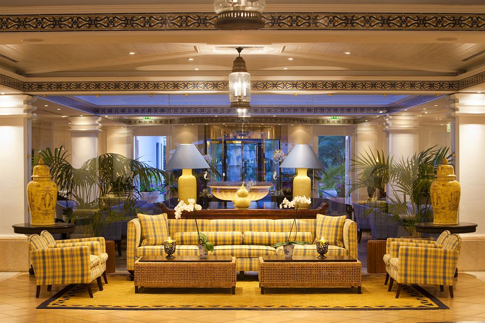 Hall de entrada Grand Hotel Residencia