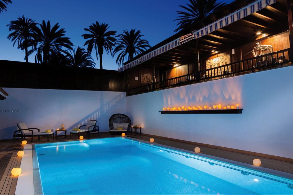 piscina climatizada Grand Hotel Residencia, Grand Hotel Residencia el mejor hotel del mundo
